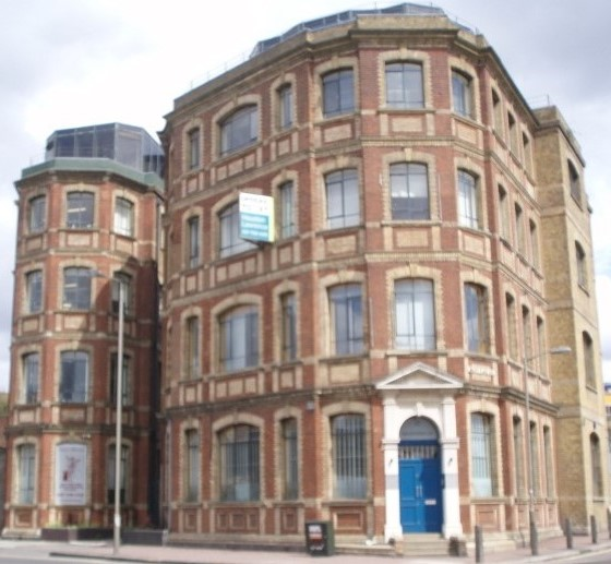 Battersea 22 Qtown Rd-Ingate Place P1010251 (3)